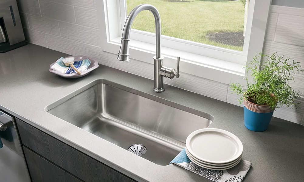 Làm sao khắc phục vòi rửa bát bị tắc nghẽn?