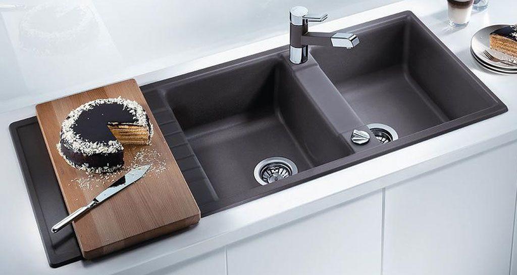 Sử dụng chậu rửa bát phủ Nano giúp việc vệ sinh chậu rửa bát sau khi dùng trở nên đơn giản và nhanh chóng hơn bao giờ hết.